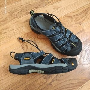 Keen Newport H2 hiking sandals women 8